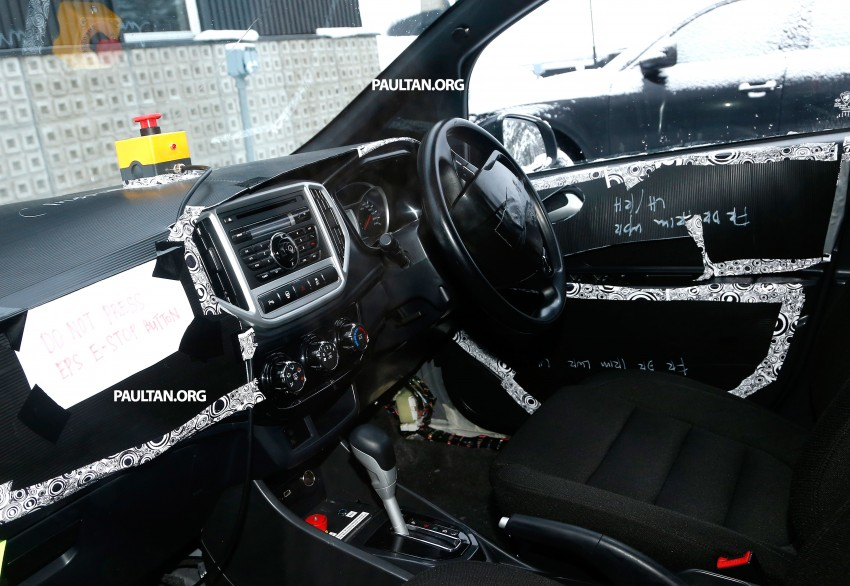SPYSHOTS: A clearer view of the Proton P2-30A GSC dashboard – first look at non-touchscreen head unit Image #228415