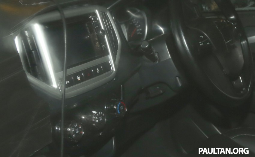 SPYSHOTS: Proton P2-30A Global Small Car – first clear look at the B-segment hatch's interior Image #227215