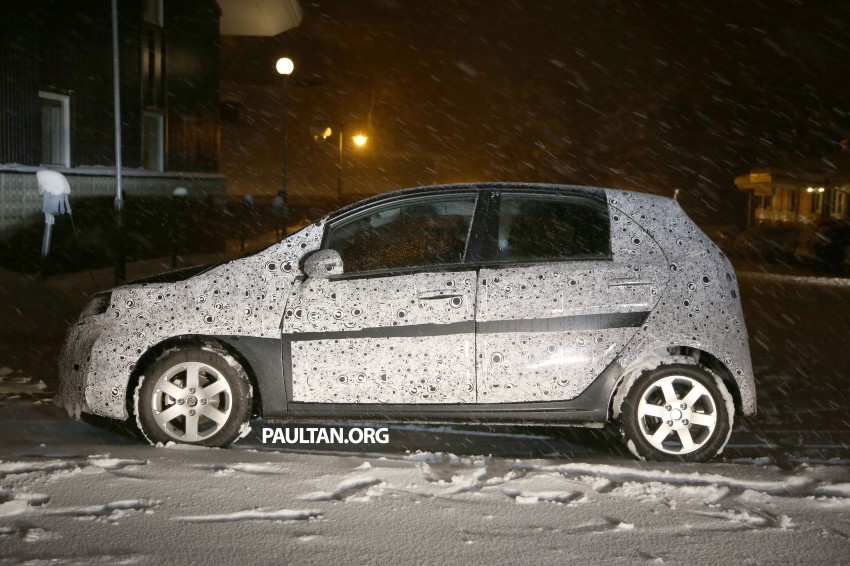 SPYSHOTS: Proton P2-30A Global Small Car – first clear look at the B-segment hatch's interior Image #227229