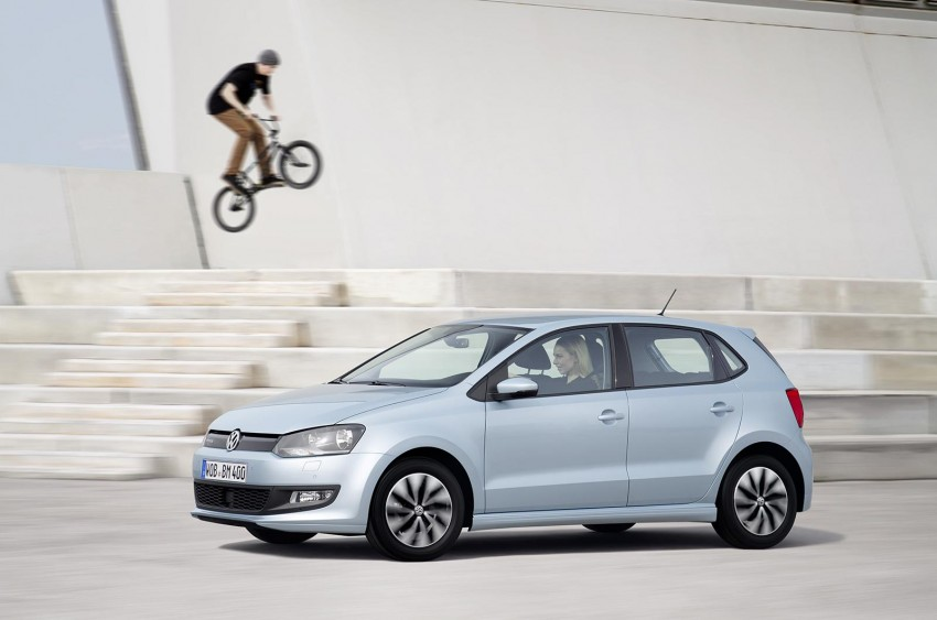 New VW CrossPolo, BlueMotion, BlueGT and R-Line Image #231008