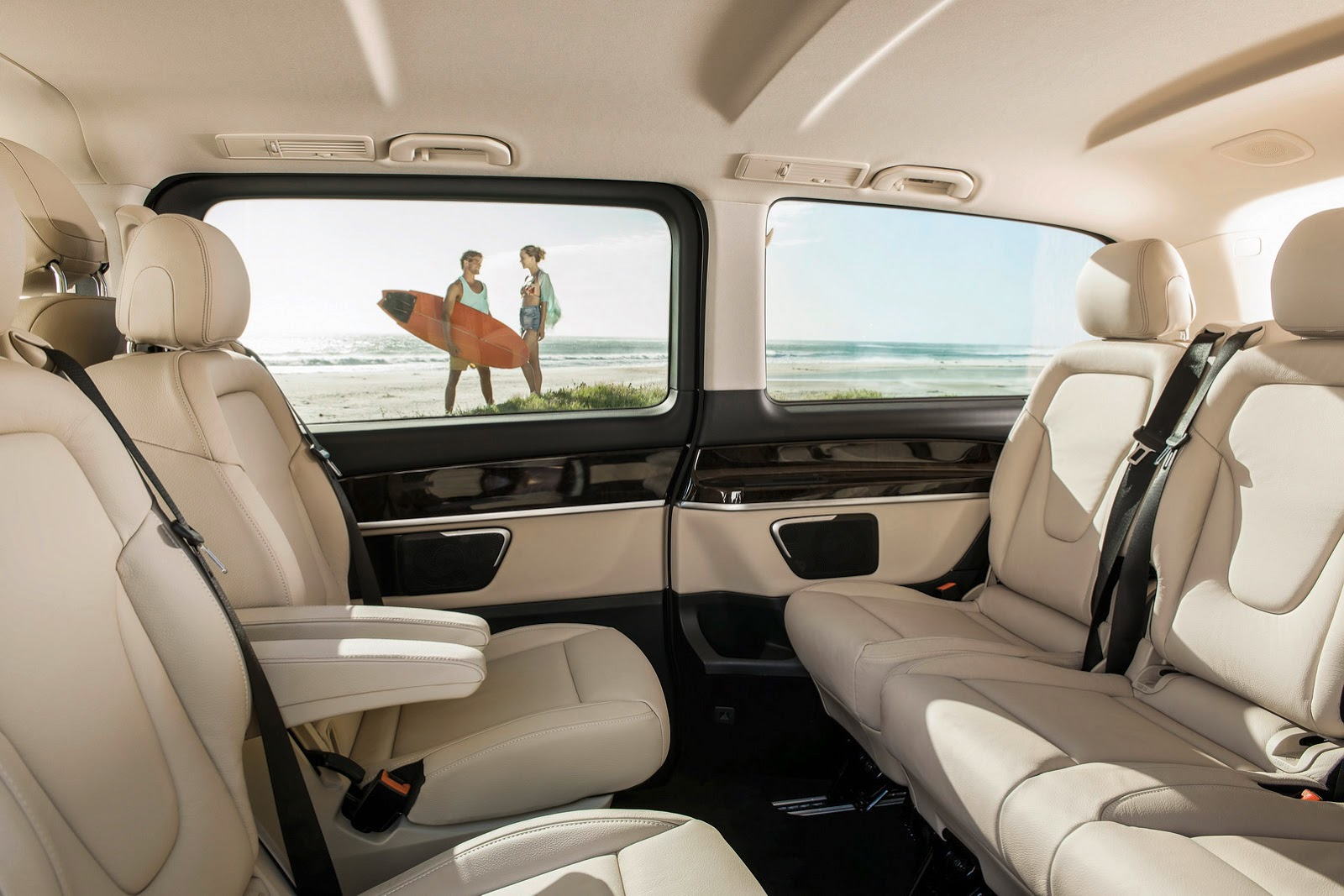 Mercedes-Benz V-Class (W447) officially unveiled Paul Tan ...