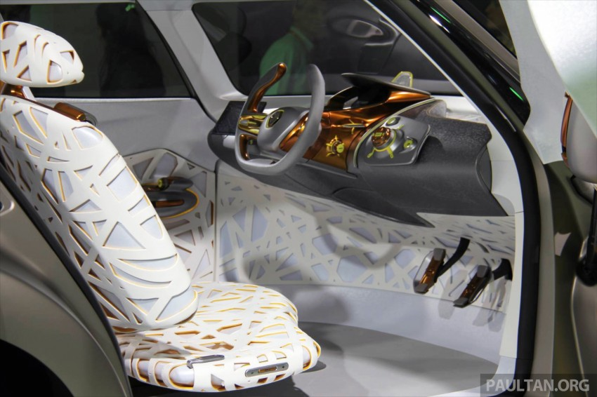 Renault Kwid concept debuts with 'Flying Companion' Image #226486