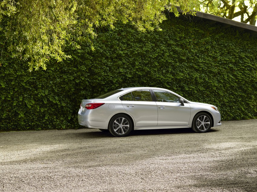 2015 Subaru Legacy debuts in Chicago – full details Image #227310