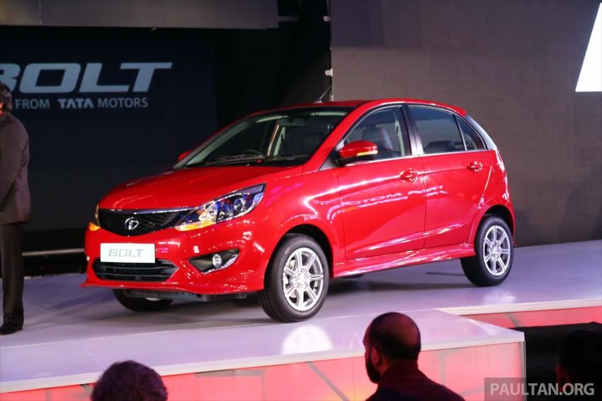 Tata Bolt debuts in Delhi – hatchback version of Zest Image #225820