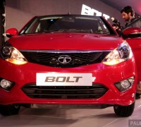tata-bolt-hatch 045
