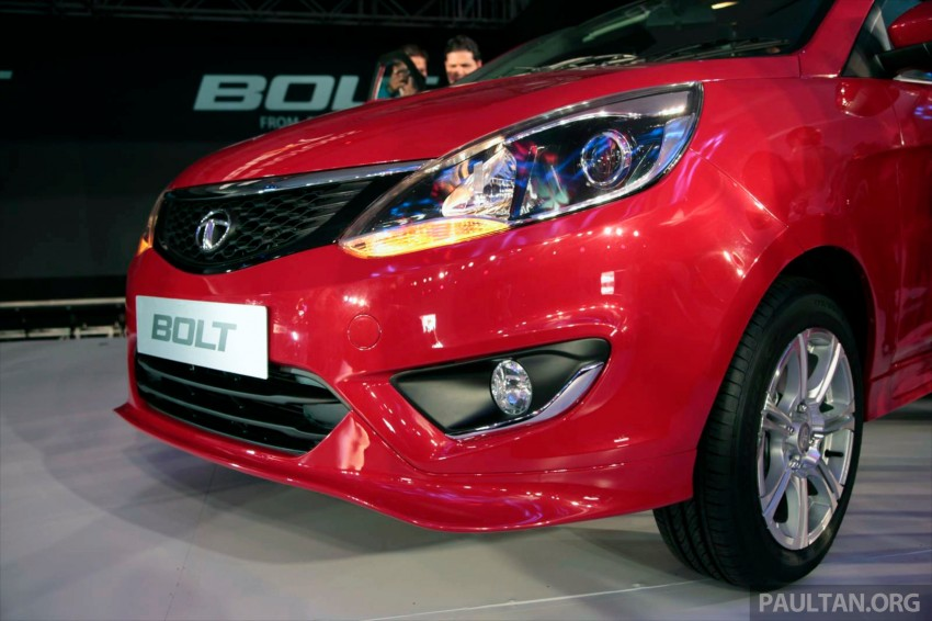 Tata Bolt debuts in Delhi – hatchback version of Zest Image #225825