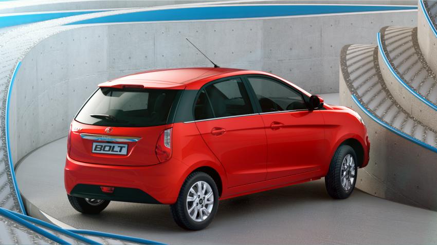 Tata Bolt debuts in Delhi – hatchback version of Zest Image #225978