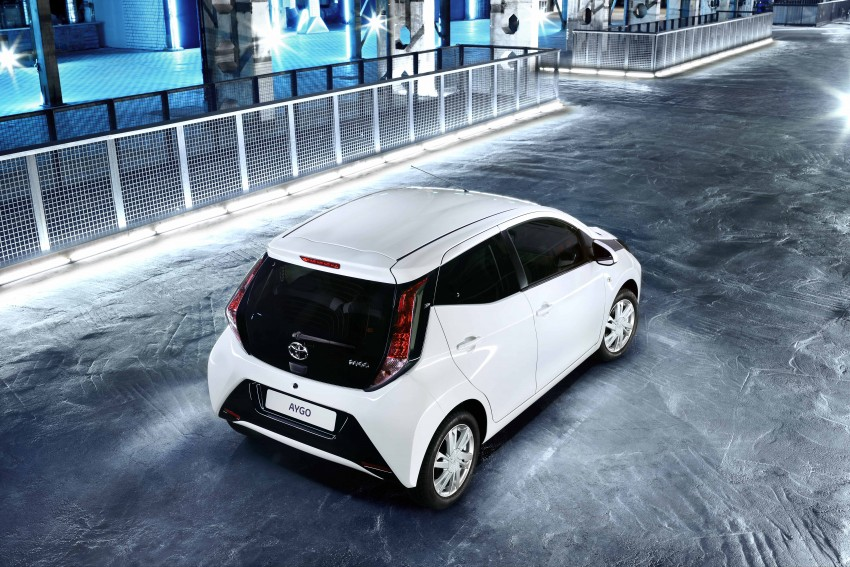 Toyota Aygo – second-gen city car officially unveiled Image #233396