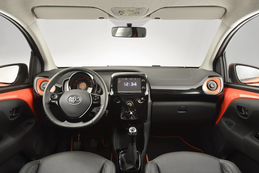 Toyota Aygo – second-gen city car officially unveiled Image #233390