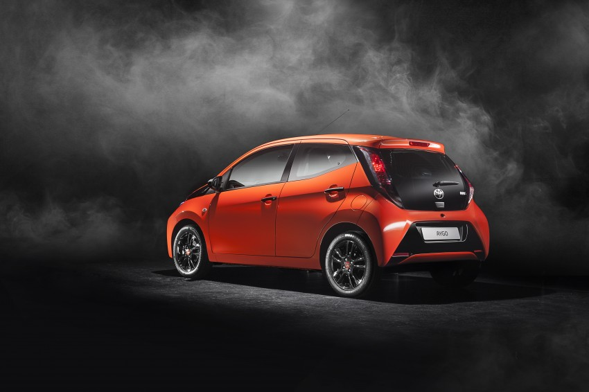Toyota Aygo – second-gen city car officially unveiled Image #233388