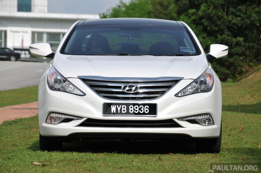 2015 Hyundai Sonata shows its new face in leaked pix Image #235163