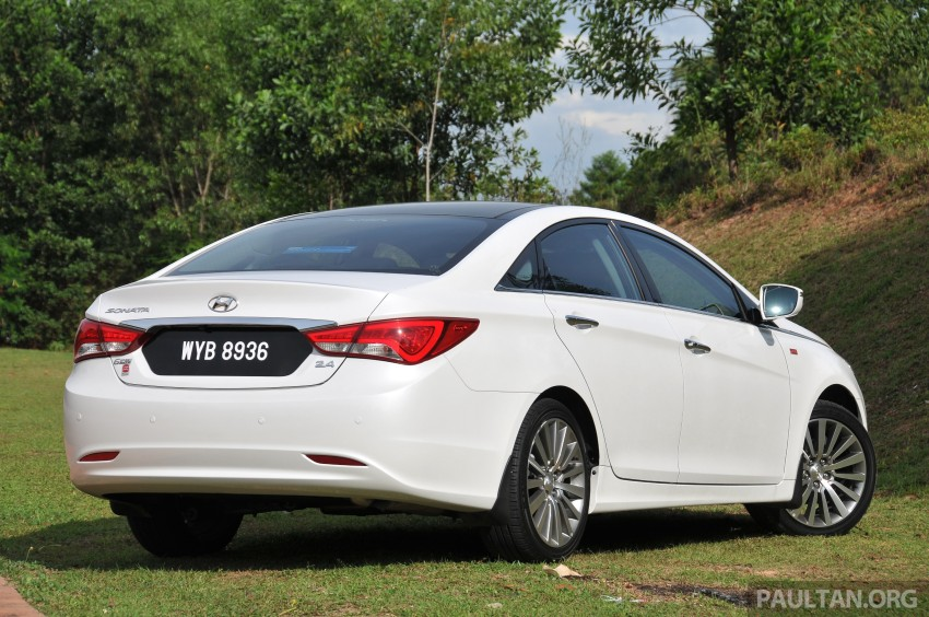 2015 Hyundai Sonata shows its new face in leaked pix Image #235164