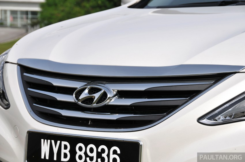 2015 Hyundai Sonata shows its new face in leaked pix Image #235167