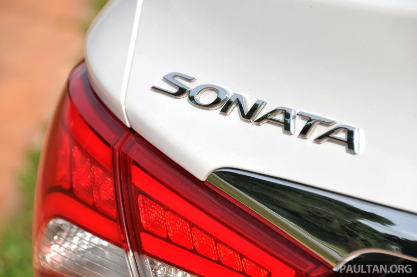 2015 Hyundai Sonata shows its new face in leaked pix Image #235172