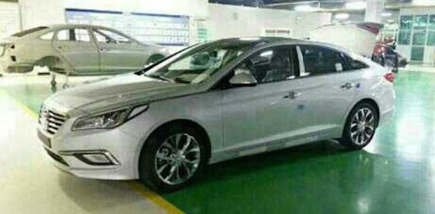 2015 Hyundai Sonata shows its new face in leaked pix Image #235160