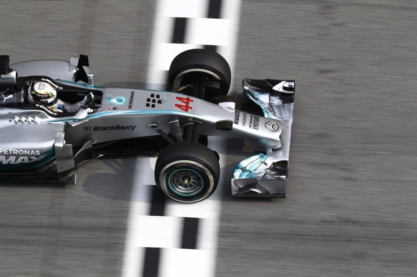 2014 Malaysian GP – Mercedes AMG Petronas wins big Image #238215