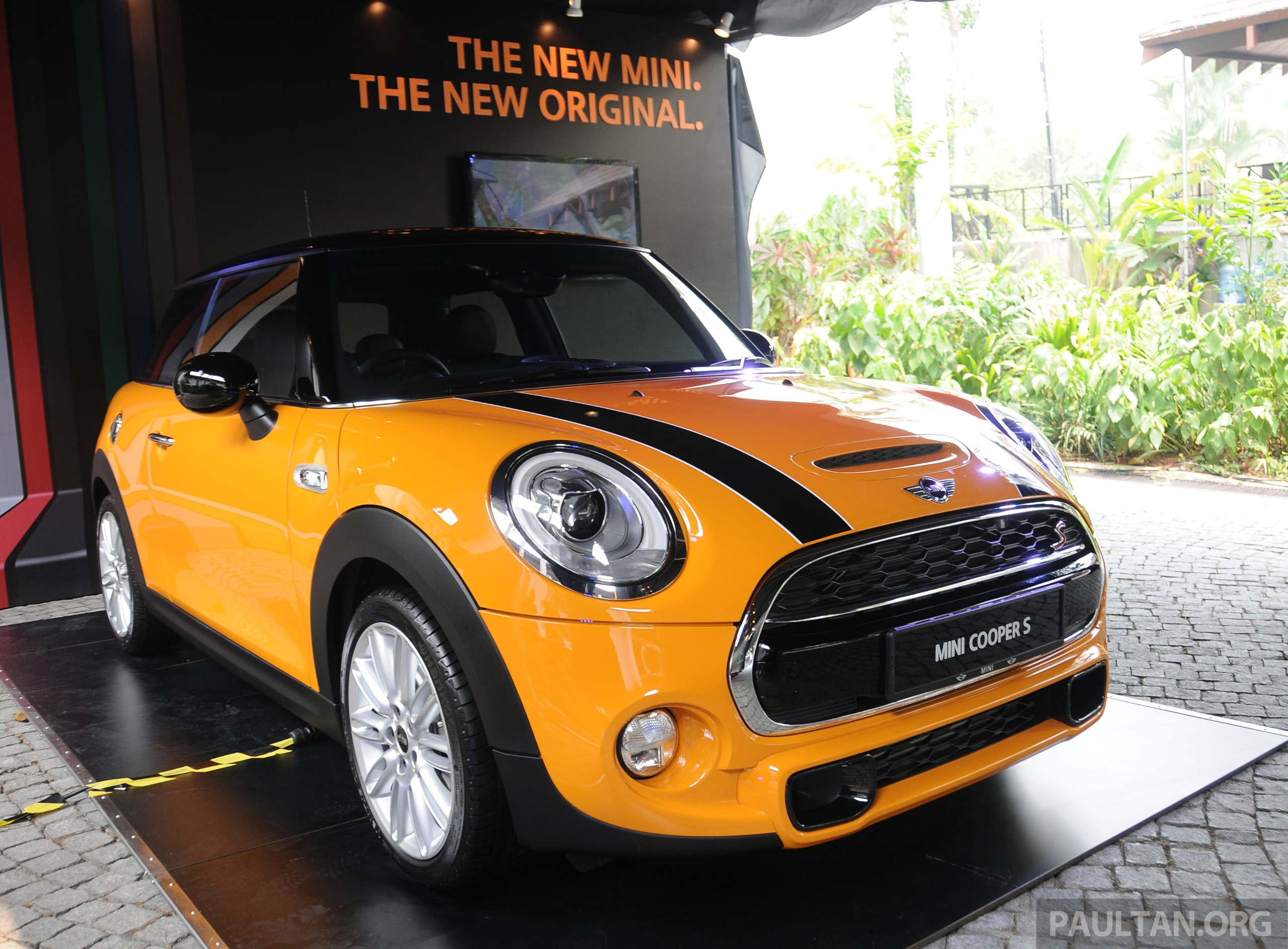 f56 mini cooper cooper s launched rm179k 249k. Black Bedroom Furniture Sets. Home Design Ideas
