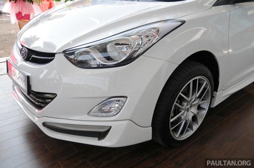GALLERY: Hyundai Sports Series and new Starex MPV Image #237692