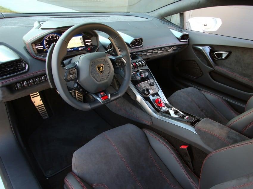 Lamborghini Huracan LP 610-4 makes Geneva debut Image #234599