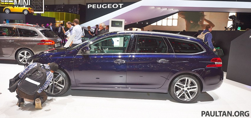 Automakers do 'market research'  at motorshows Image #232857