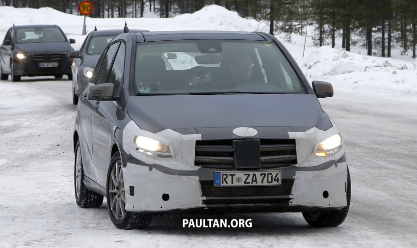 SPIED: Mercedes-Benz B-Class facelift in the snow Image #235141