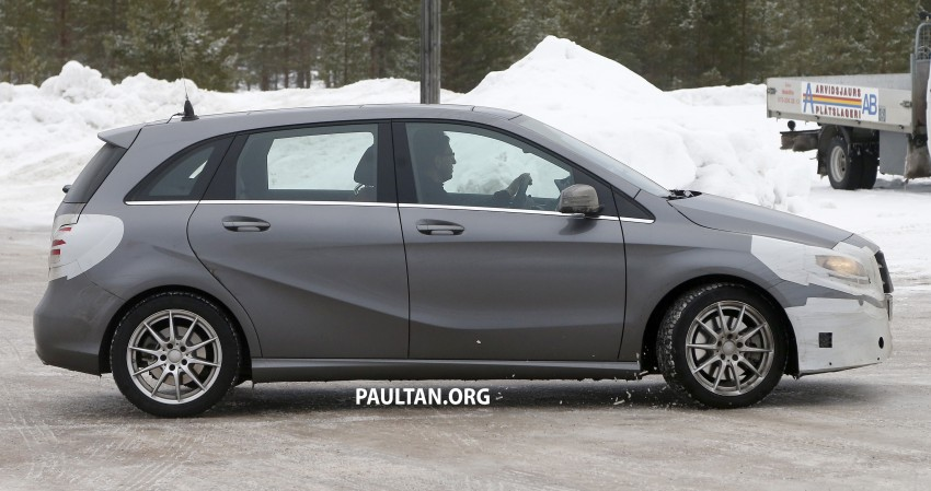 SPIED: Mercedes-Benz B-Class facelift in the snow Image #235138