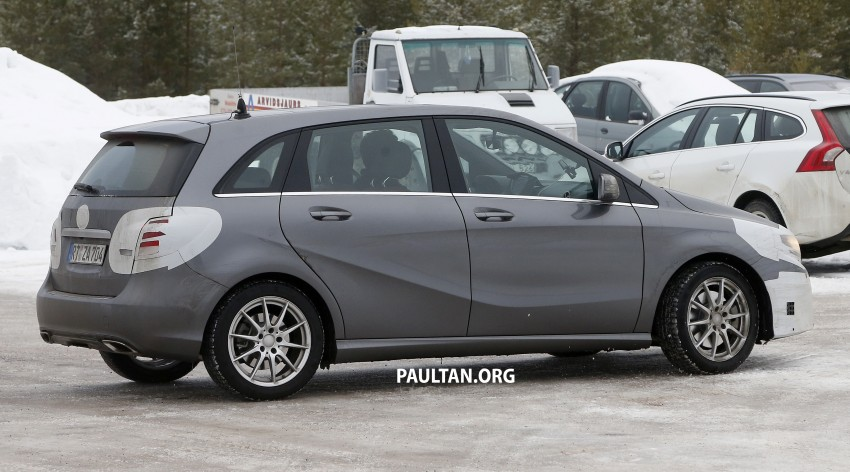 SPIED: Mercedes-Benz B-Class facelift in the snow Image #235137