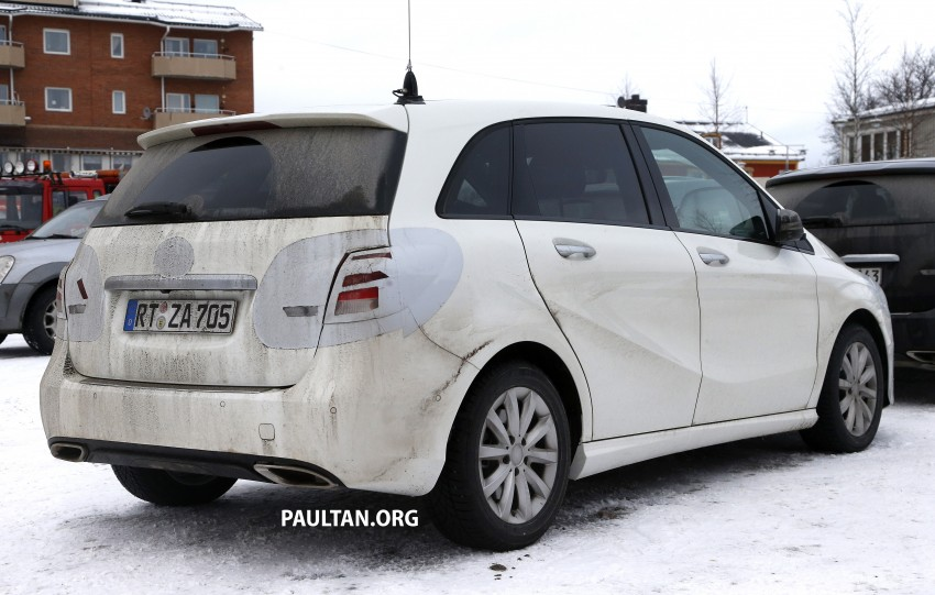 SPIED: Mercedes-Benz B-Class facelift in the snow Image #235145