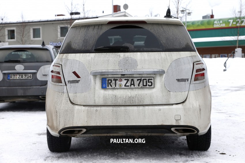 SPIED: Mercedes-Benz B-Class facelift in the snow Image #235144
