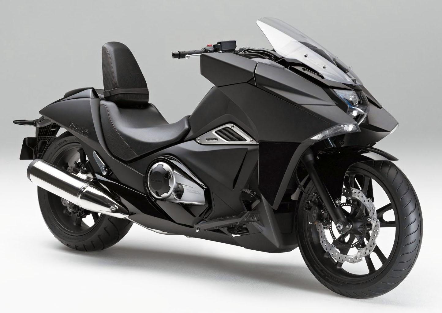 honda nm4 vultus a stealthy bike inspired by japanimation. Black Bedroom Furniture Sets. Home Design Ideas