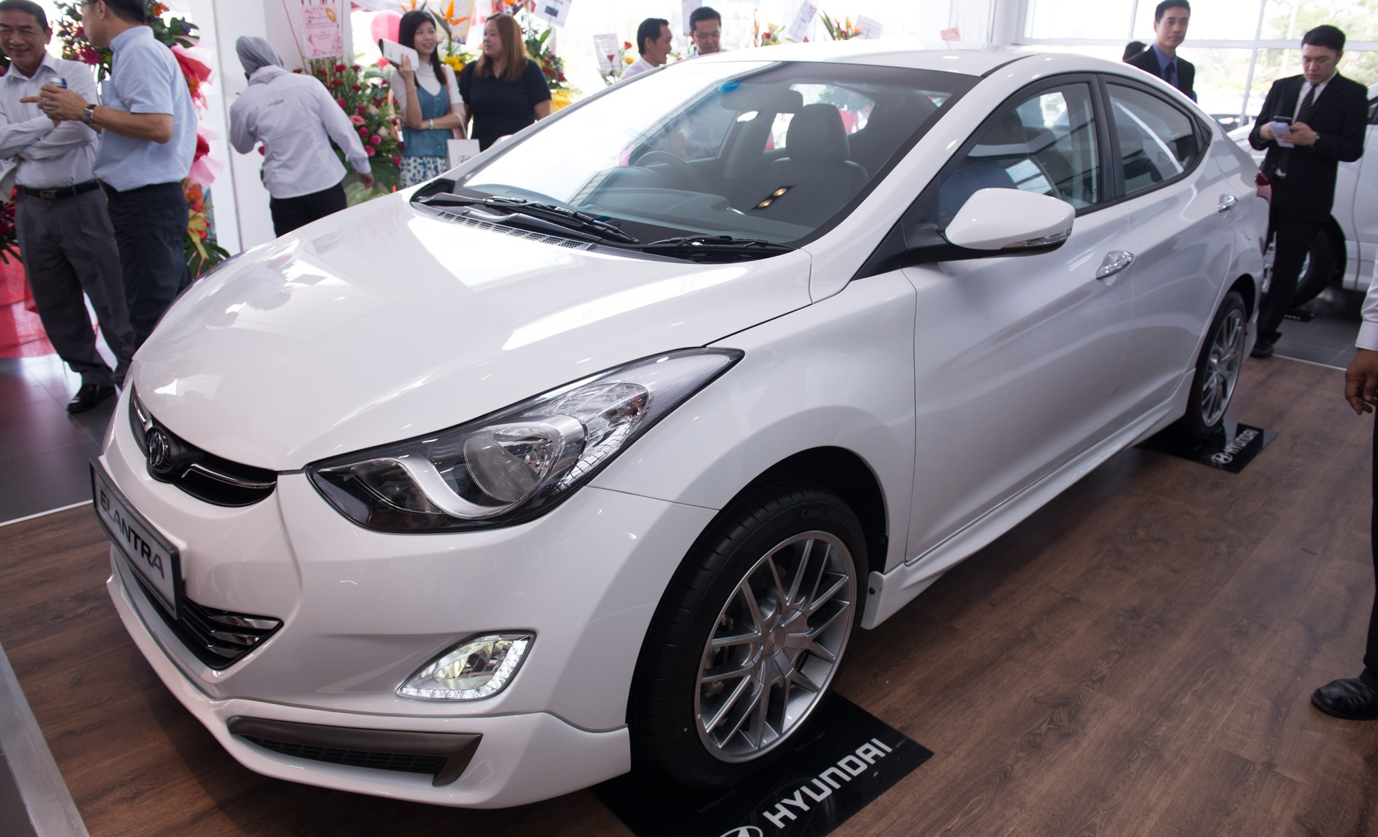 hyundai sports series debuting in april the elantra sport 1 6 and 1 8 tucson sport and i40 sport. Black Bedroom Furniture Sets. Home Design Ideas