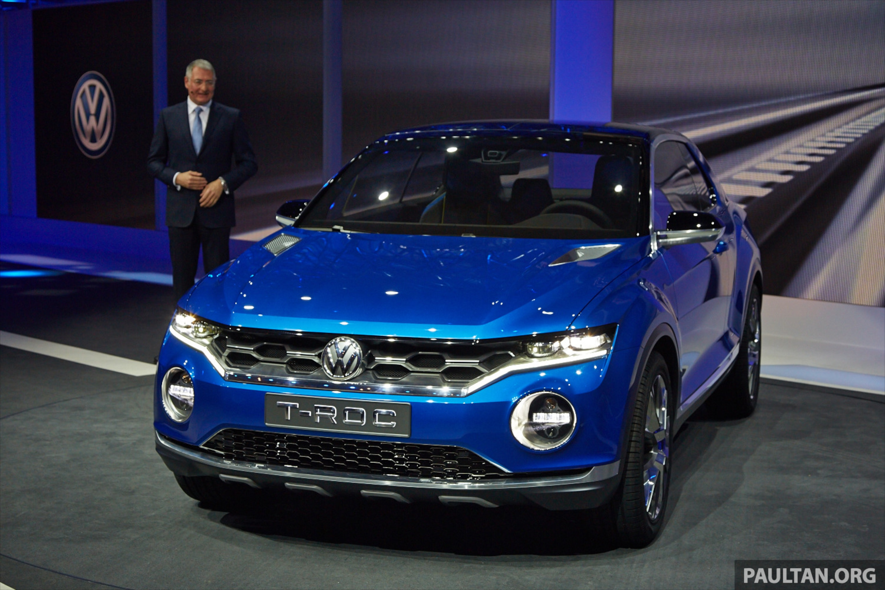 volkswagen t roc concept previews upcoming suv paul tan. Black Bedroom Furniture Sets. Home Design Ideas