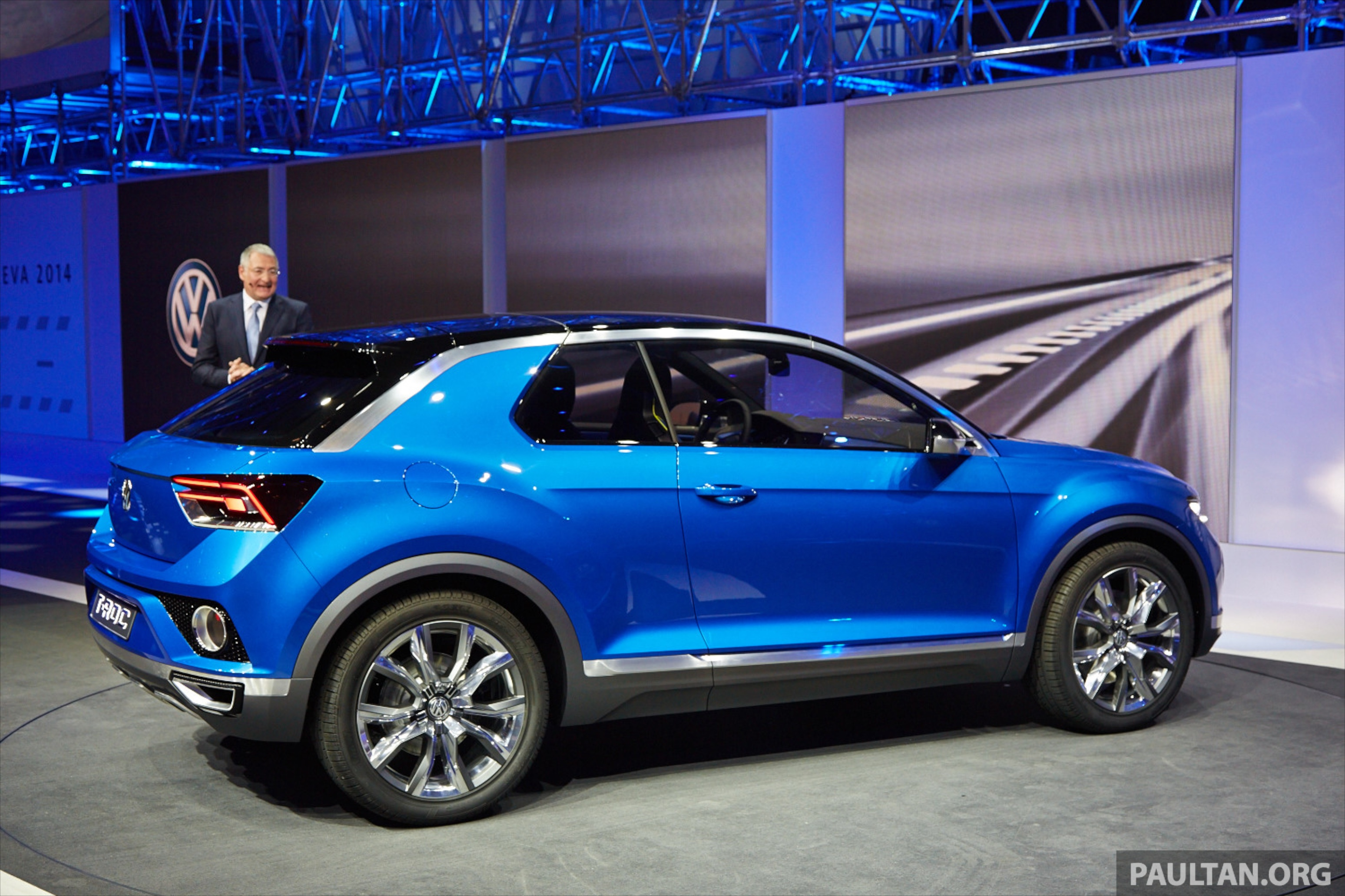 Volkswagen T Roc Concept Previews Upcoming Suv Image 232478