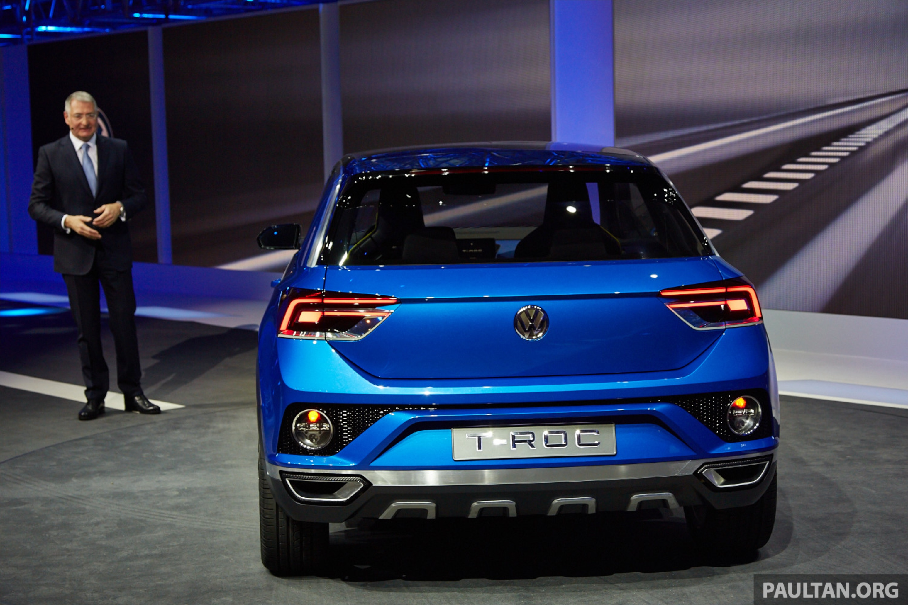 Volkswagen T Roc Concept Previews Upcoming Suv Image 232474