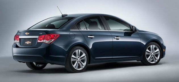 2015 Chevrolet Cruze US Facelift-05
