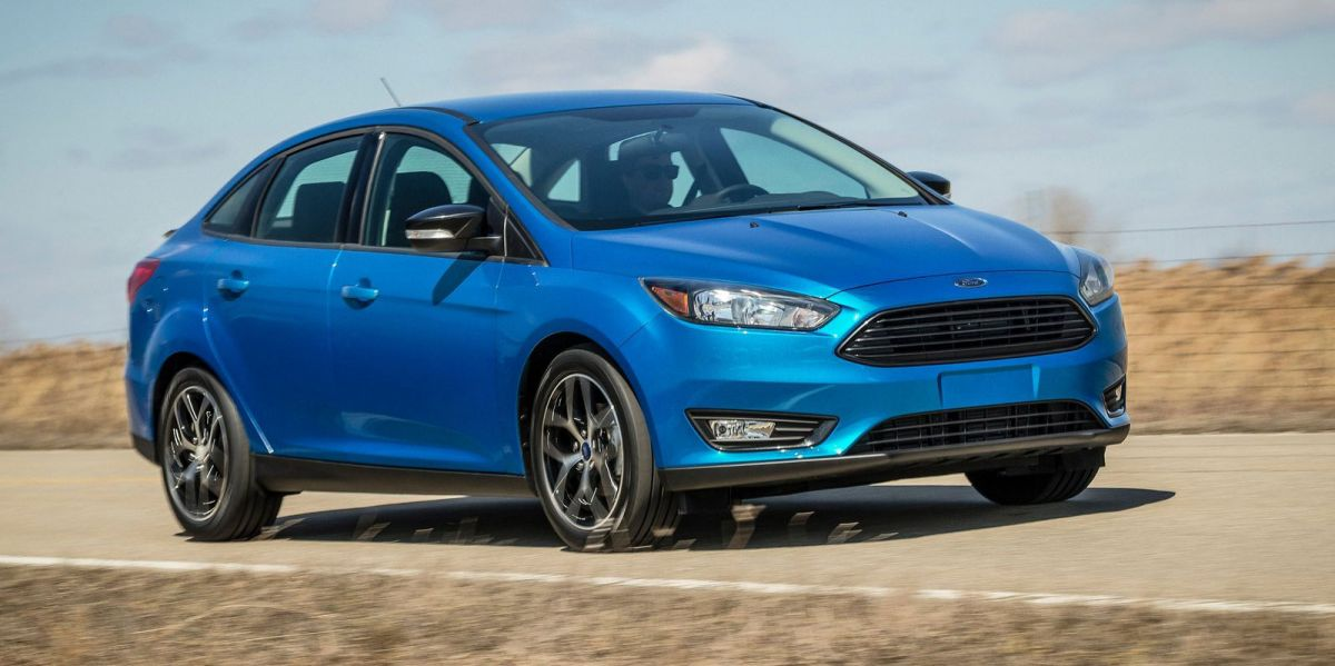 2015 Ford Focus Sedan Facelift Unveiled New Rear End