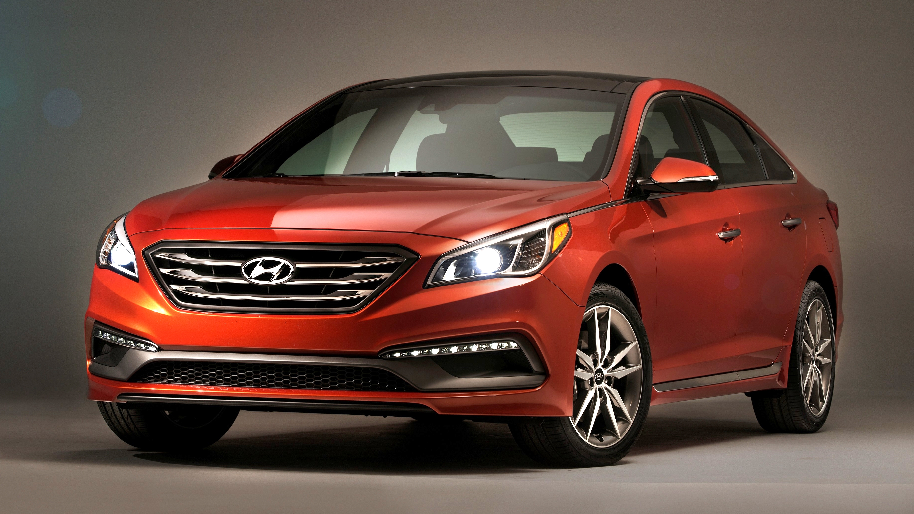 Hyundai Sonata - 140,000 recalled in USA and Canada