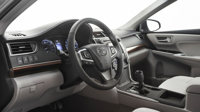 2015 Toyota Camry – major facelift unveiled in NYC Image #241703