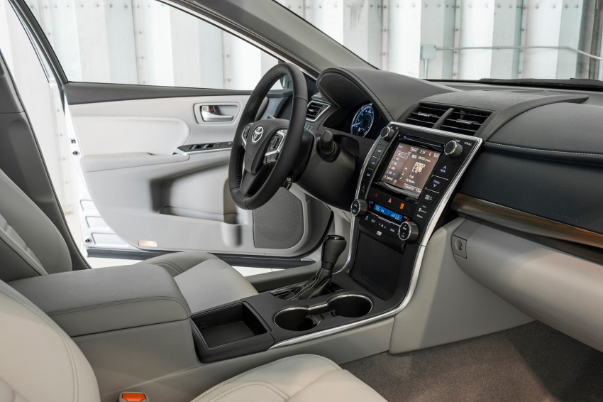 2015 Toyota Camry – major facelift unveiled in NYC Image #241719