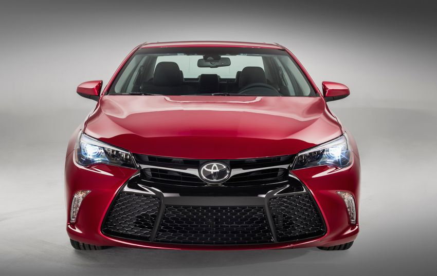 2015 Toyota Camry – major facelift unveiled in NYC Image #241724