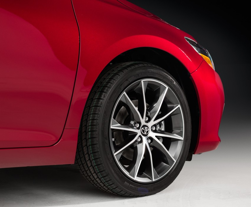 2015 Toyota Camry – major facelift unveiled in NYC Image #241730