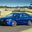 2015_Toyota_Camry_Hybrid_007