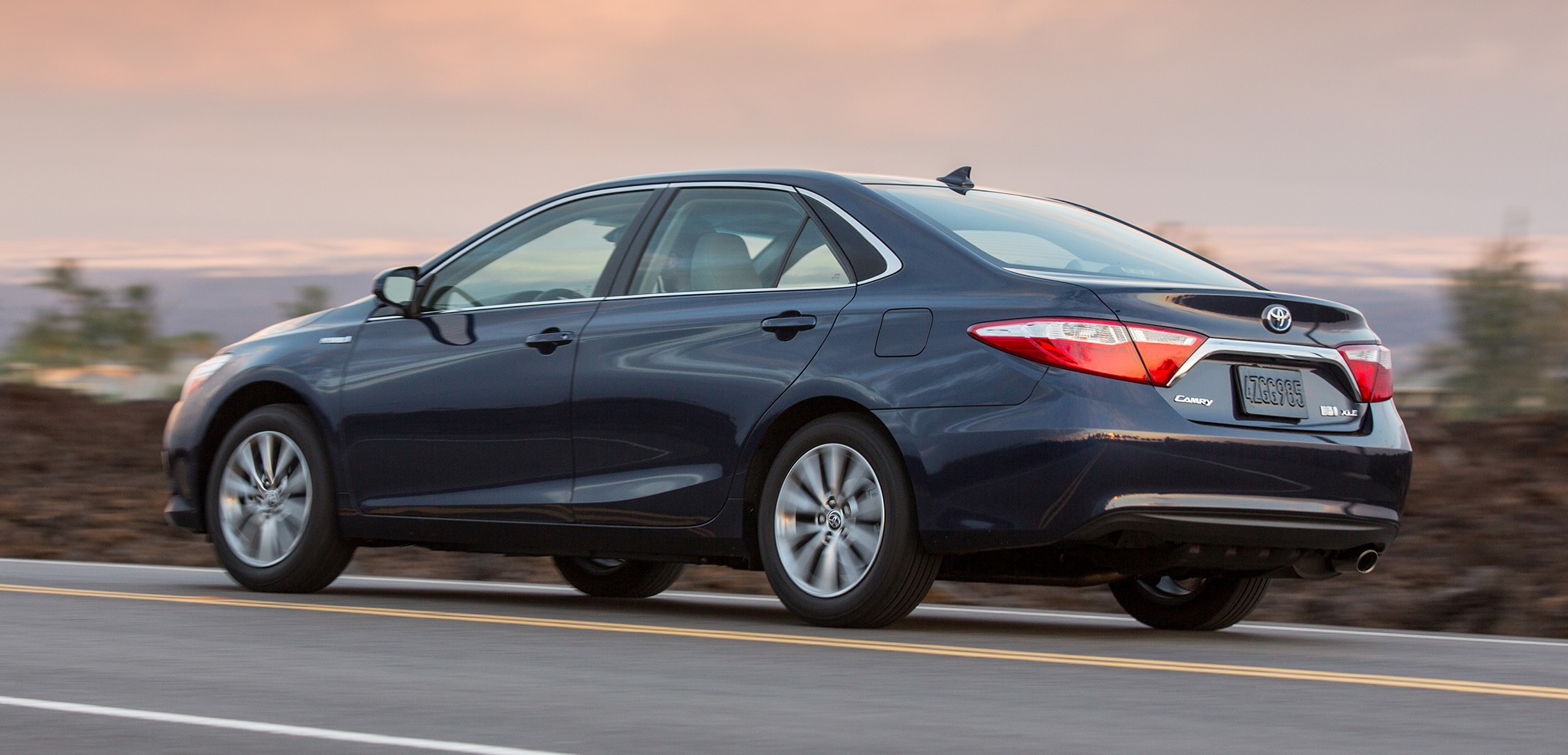 2015 toyota camry major facelift unveiled in nyc image