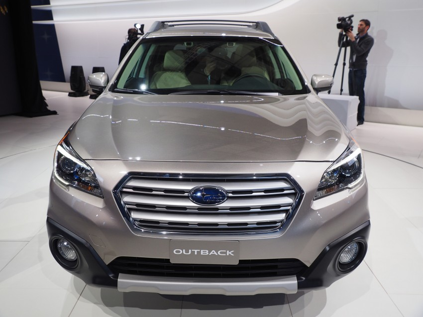 2015 Subaru Outback – jacked-up Legacy debuts in NY Image #243857