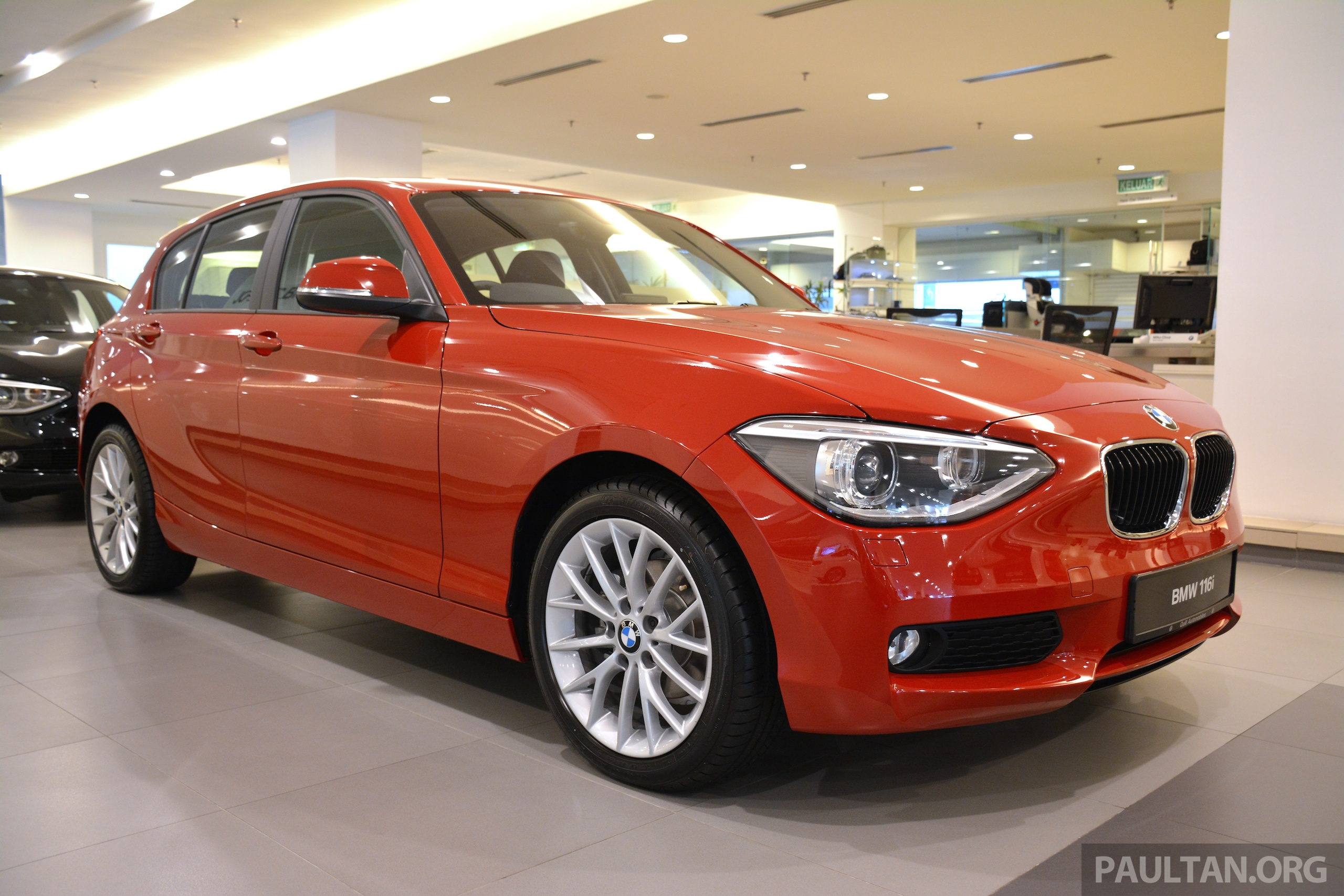 gallery f20 bmw 116i and 118i urban compared. Black Bedroom Furniture Sets. Home Design Ideas