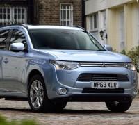 Mitsubishi_Outlander_PHEV_UK