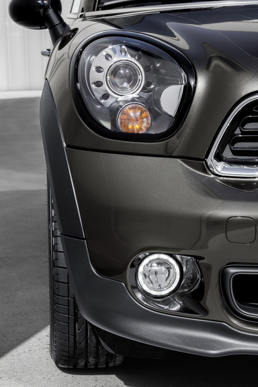 MINI Paceman gets very minor facelift, Beijing debut Image #242497