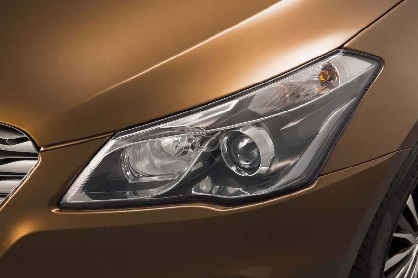 Suzuki Concept Alivio – the SX4 Sedan grows up Image #243680