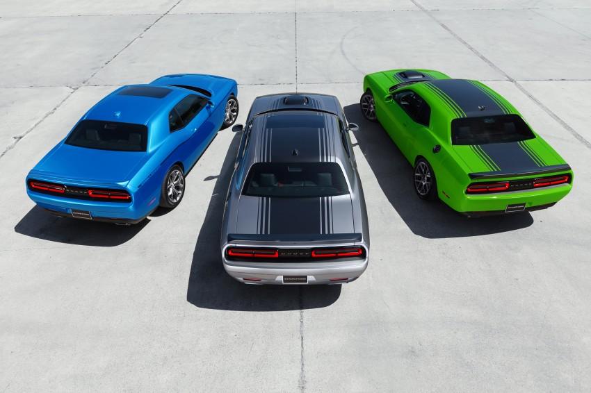 2015 Dodge Challenger makes debut in New York Image #244568