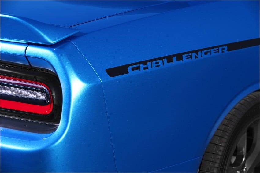 2015 Dodge Challenger makes debut in New York Image #244572